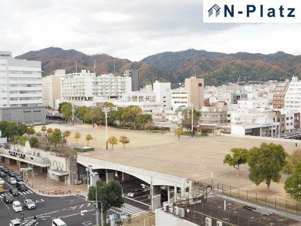 湊川公園を臨む眺望がございます♪