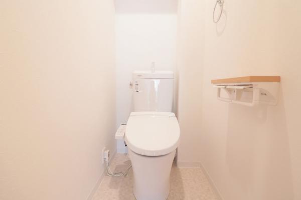 温水洗浄便座付トイレ新調(令和2年6月)
